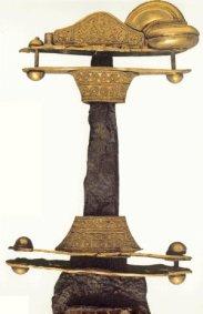 Spada ad anelli proveniente da Nocera Umbra (Foto: Museo dell'alto medioevo MAME)