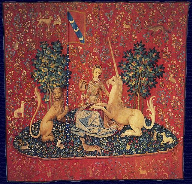 Tra gli arazzi presenti al Museo il più noto è il ciclo de La Dame à la licorne