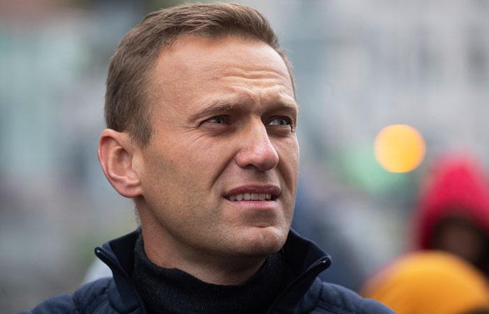 Навального отравили