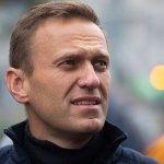 Навального отравили в самолёте