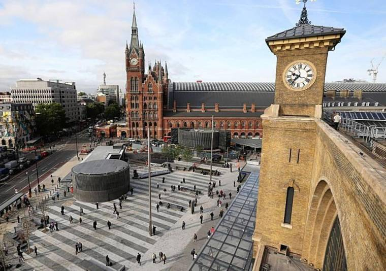 kingscross - Britain's most popular train stations... and two London hubs top the list