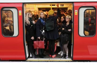 londonunderground - The psychological tricks TfL uses to make London's tube feel faster