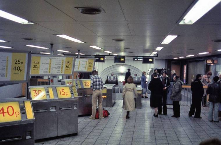 tickets 1024x672 - TfL news: Fascinating vintage photos show London Tube network from the 1960s to 1980s