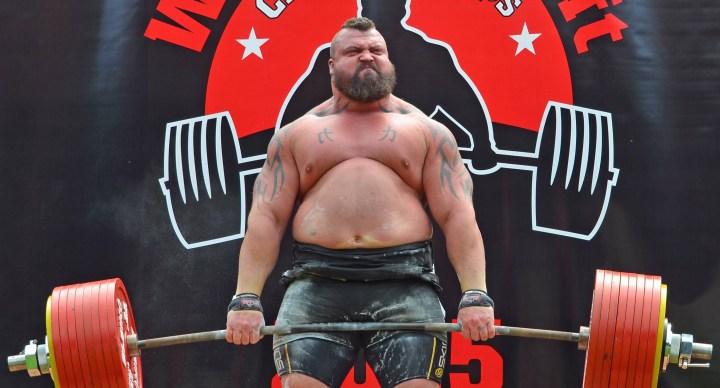 Le record de 500 kilos d'Eddie Hall a failli causer sa perte