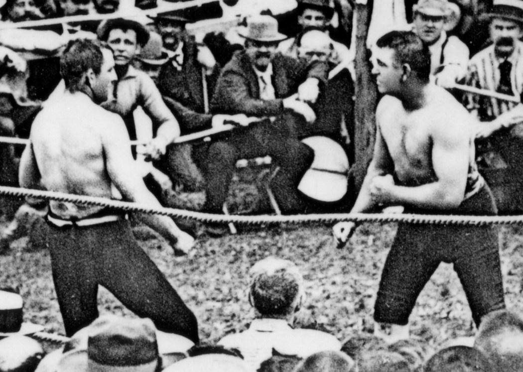 John L. Sullivan, Boston Strong Boy – dernier champion de boxe à mains nues