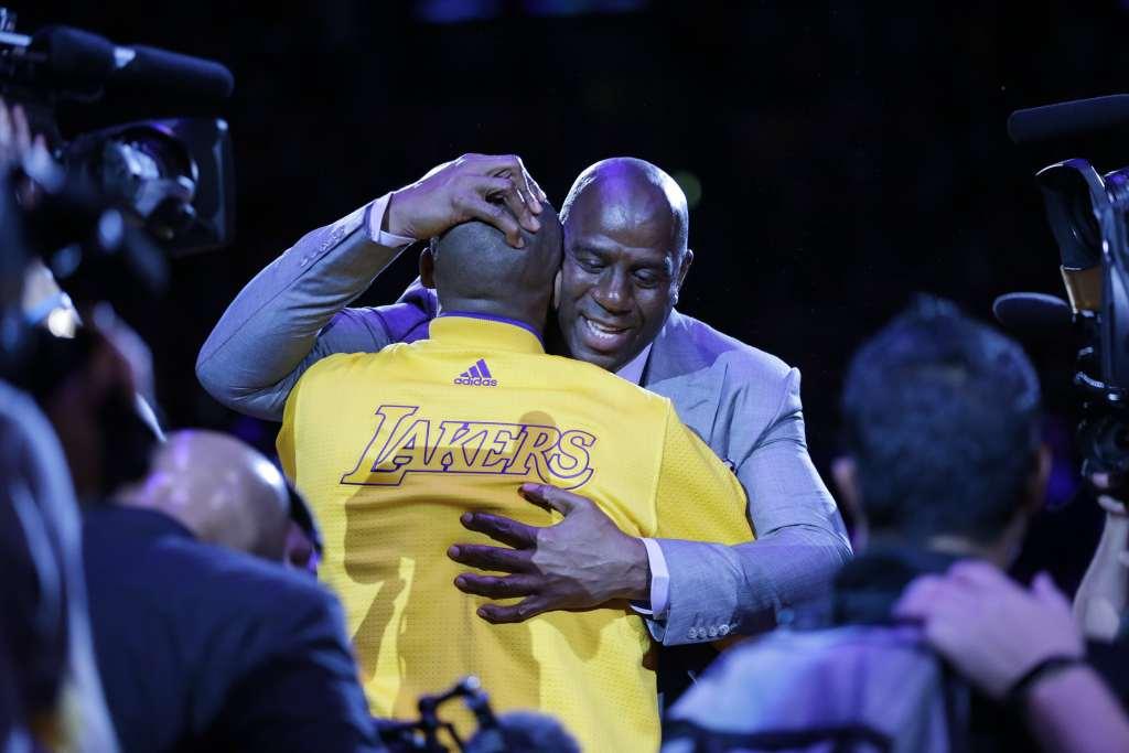 Magic Johnson devient le President des Opérations Basket des Lakers