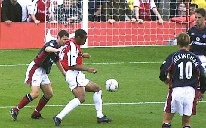 La merveille de Manchester – le plus beau but de Thierry Henry avec Arsenal