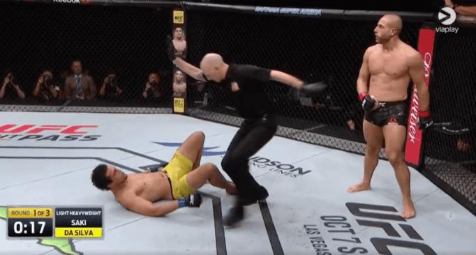 Dominé, Gökhan Saki claque un KO de l'espace pour sa rentrée à l'UFC