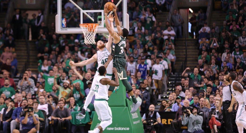 Giannis Antetokounmpo démonte les Celtics pour leurs débuts à domicile