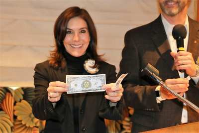 Gina Gentleman missed the Joker but was rewarded with a Million Dollar Rotary note and a $10 bill.