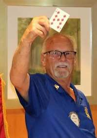 Bob Werner missed the pot and the $6,424 elusive joker prize winner moves on.