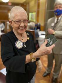 Joan Murdock wins the Lawry's bucks