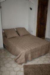 Clos-valdet-chambre-beige-06