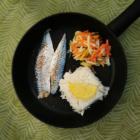 Maquereau et julienne de légumes