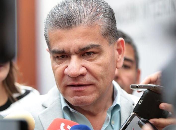 Miguel-Riquelme-a-poyos-a-victimas-de-feminicidio.jpg?fit=708%2C523&ssl=1