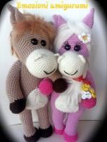 Emozioni Anigurumi - Cavalli innamorati