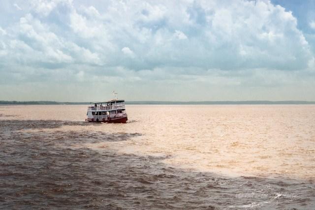 Brasile Amazzonia incontro fra rio Amazzoni e rio Negro