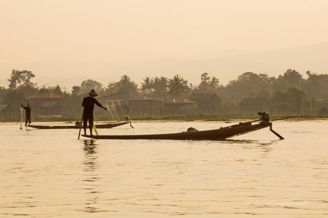 Viaggio in Myanmar ,Lago Inle al tramonto