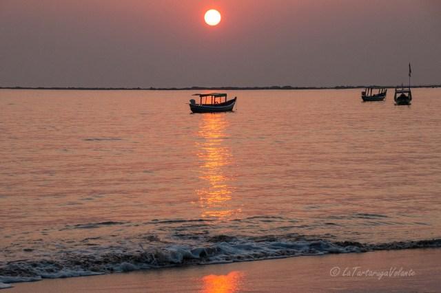 Myanmar lungo l'Irrawaddy