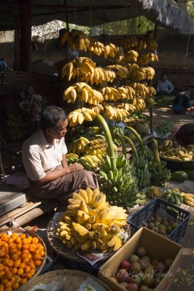 Myanmar mercato di banane