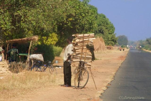 Malawi, lungo la via