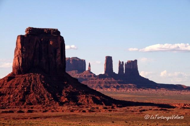 Monument Valley, a cavallo per zone desolate