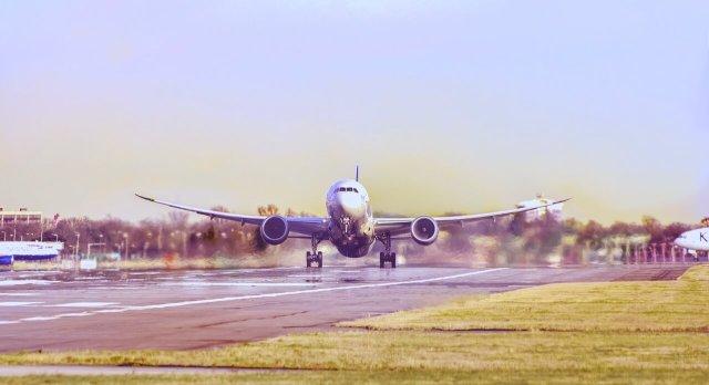 Gente che viaggia, aereo