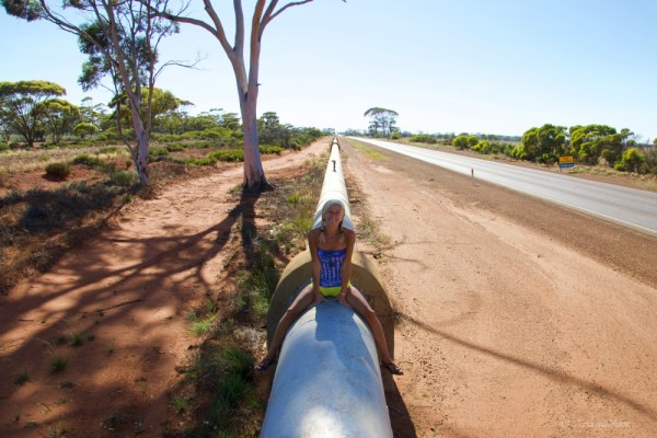 the long white water pipe, lake ballard e goldfields region