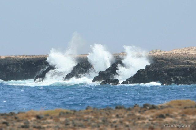 Lanzarote, onde del mare