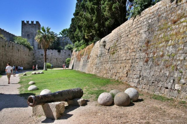 LE mura della città vecchia