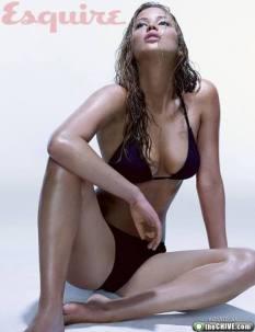 Jennifer_Lawrence-stunning-young_thumb_585x795