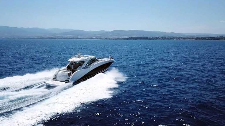 blue lagoon yachts