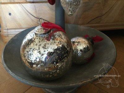 Weihnachtskugeln aus Bauernsilber