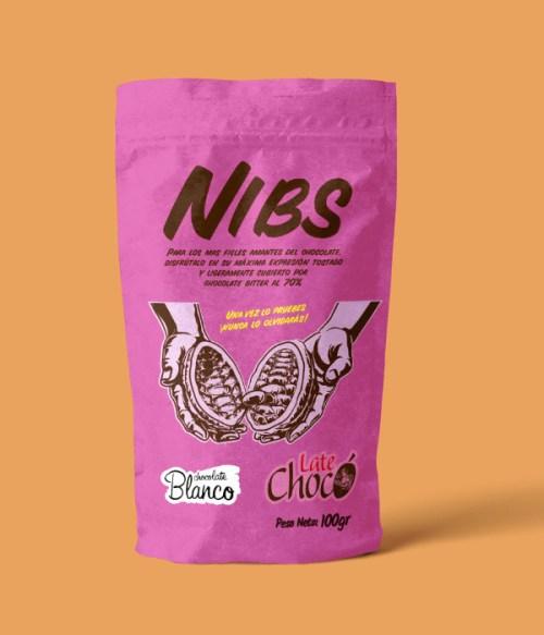 Nibs de cacao con chocolate blanco
