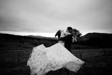 artyphotos-elopment-mariage-intime-auvergne-pavin-besse_128_1