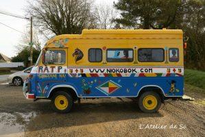 [L'atelier De So] Peinture personnalisée sur véhicule. Décorations d'inspiration africaine