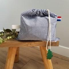 sac linge maternelle carreaux Vichy marine