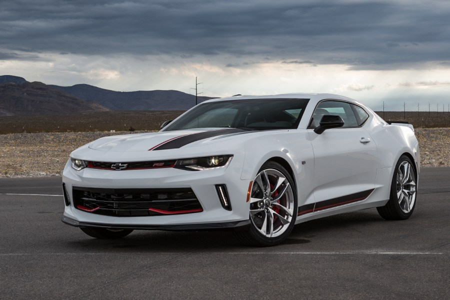 White-Camaro-RS-Perf-01