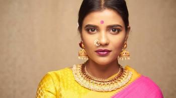Aishwarya Rajesh (ऐश्वर्या राजेश) Tamil Actress हिंदी विकी Age Height Body Measurements & More