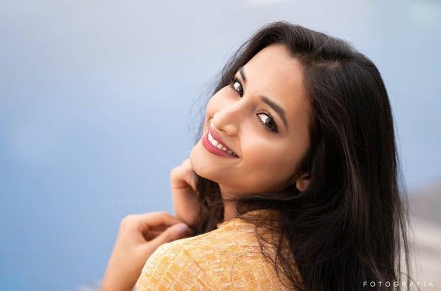 Srinidhi Shetty photo images