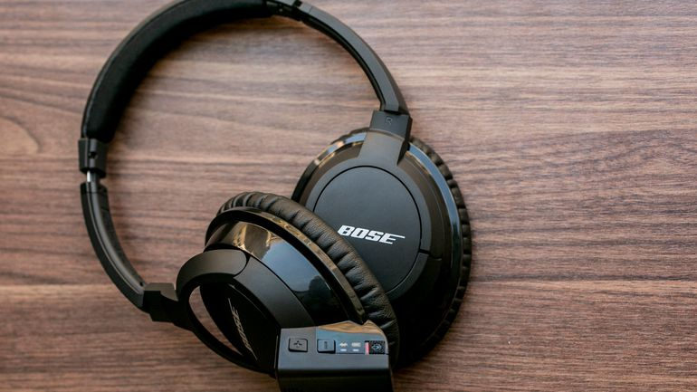 Bose_AE2w_wireless_headphones_35782753_09