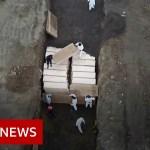 Coronavirus: New York ramps up mass burials amid outbreak – BBC News