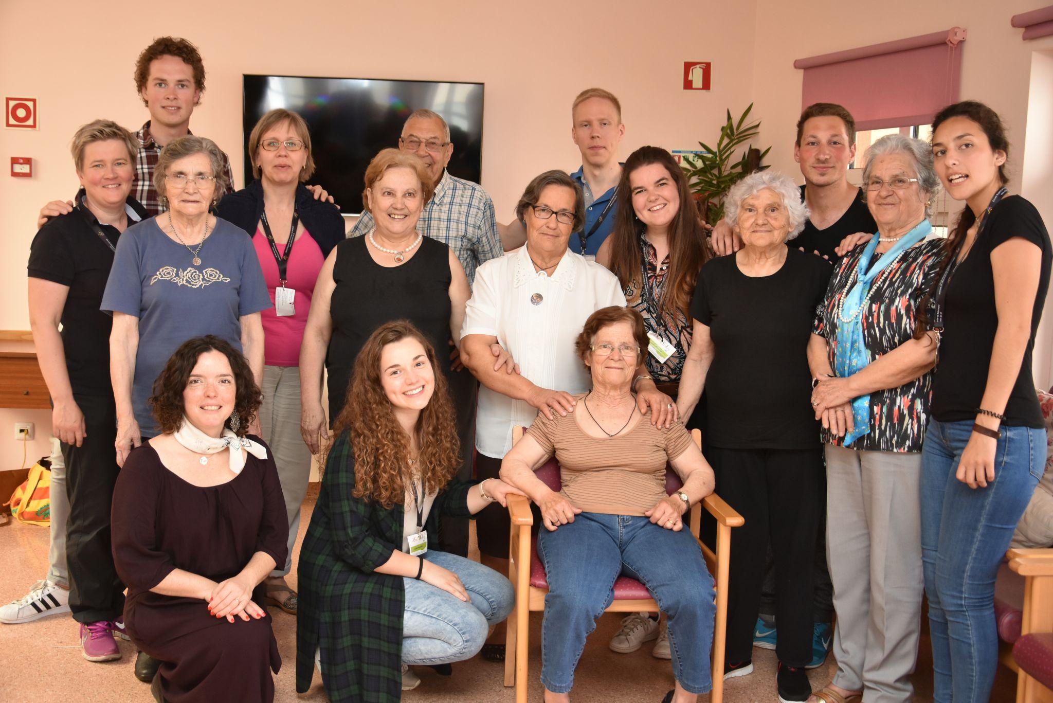 Área de Idosos colabora com estudantes estrangeiros