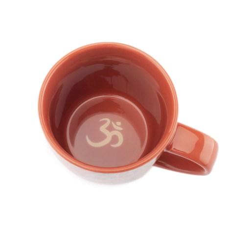 Taza Yoga Tea Om fondo la tienda de yoga