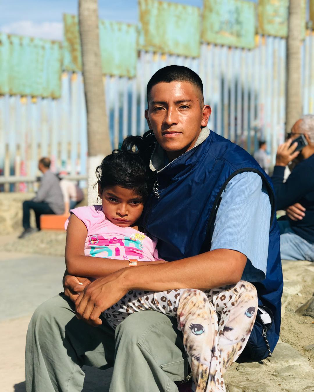 Migrant Father-A journey on foot to the US for Lesly