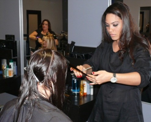 Ona Diaz-Santin Celebrity Stylist at 5 Hair Salon