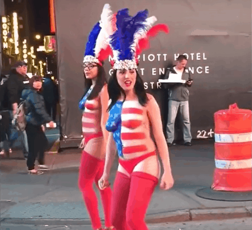 Desnudas in Times Square