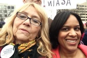 Susana G Baumann, LatinasinBusiness.us and Nelly Reyes, freshie Natural Feminine Care at Women's March on Washington