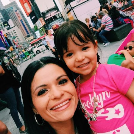 Janny Perez with her daughter Victoria in NYC Latina small business owners Pitch your Business Competition