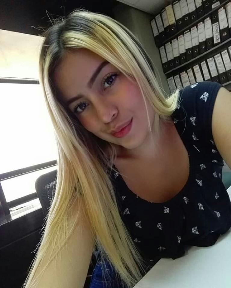 Colombian Girl – Carmen